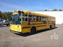 2002 THOMAS Bus