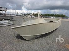 CUSTOMBUILT 21 Ft Aluminum Boat