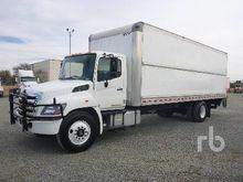 2016 HINO 268 S/A Van Truck