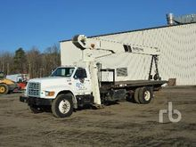 1997 FORD F800 w/National 560C