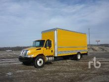 2011 INTERNATIONAL 4300 S/A Van
