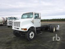 2002 INTERNATIONAL 8100 T/A Cab