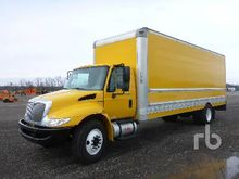 2011 INTERNATIONAL 4300SBA Dura