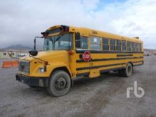 2002 THOMAS S/A 32 Ft School Bu