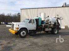 2005 FORD F800 Vacuum Trucks
