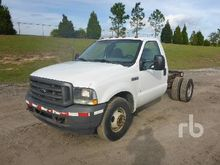 2003 FORD F250 XL Cab & Chassis