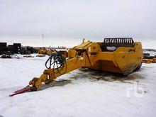 ICON 819 Pull Scraper