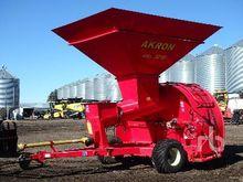 AKRON GTX3210 Grain Bagger