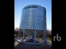 GOEBEL 4100 +/- Bushel Hopper B