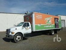 2013 FORD F650 Van Truck