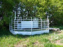 CUSTOMBUILT Livestock Sale Ring