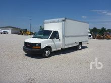 2011 GMC SAVANA S/A Van Truck