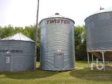 TWISTER 2400 +/- Bushel 6 Ring