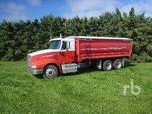 IHC 9400 T/A Grain Truck