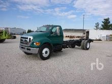 2009 FORD F750 Cab & Chassis