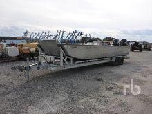 OQUAWKA 25 Ft Aluminum Boat