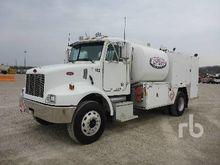 2003 PETERBILT 330 S/A Fuel & L