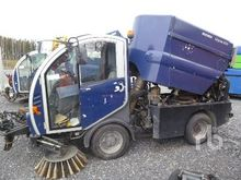 2007 BUCHER CC2020 Street Sweep