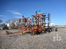 1997 BOURGAULT 8800 40 Ft Air D