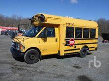2002 CHEVROLET 3500 School Bus