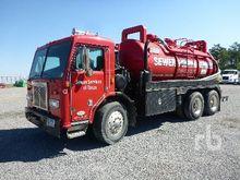 1998 PETERBILT Hydro Vac Truck
