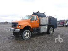 2001 FORD F750 XLT 4x4 Fuel & L