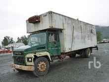 1986 MACK S/A Shop Van Truck