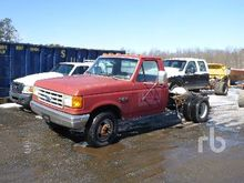 1989 FORD F350 Cab & Chassis