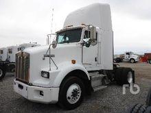2003 KENWORTH T800 Truck Tracto