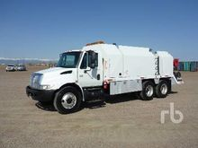 2005 INTERNATIONAL 4400 T/A Fue