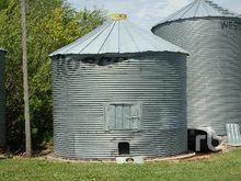ROSCO 1350 +/- Bushel Grain Bin