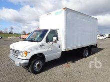 1999 FORD F450 Van Truck