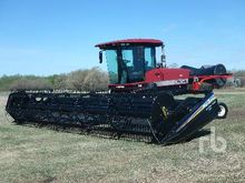 2001 WESTWARD 9250 Swather