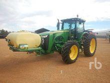 2013 JOHN DEERE 8235R MFWD Trac