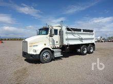 1998 KENWORTH T800B Dump Truck