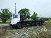 1985 MACK MR685S COE T/A Rollba