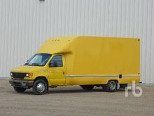 2005 FORD E350 S/A Van Truck