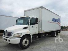 2008 HINO 268 Van Truck