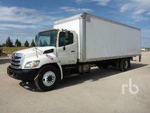 2011 HINO 268 Van Truck