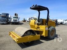 SUPERPAC 600 Vibratory Roller