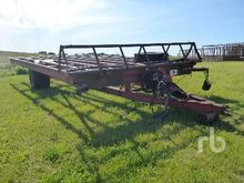 28 Ft S/A Push Off Bale Wagon