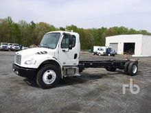 2010 FREIGHTLINER M2 Cab & Chas