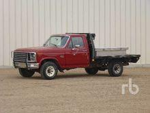 1985 FORD F150 XL 4x4 Flatbed T