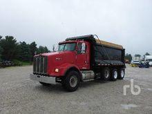 2006 KENWORTH T800 Dump Truck (