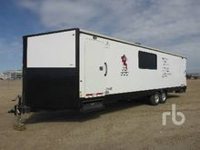 2015 FORKS RV 36 Ft T/A Office