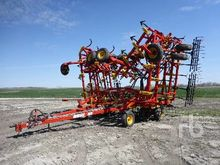 2014 BOURGAULT 8910 54 Ft Culti