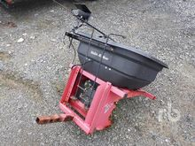 VENTRAC ES220 Hitch Mounted Spr