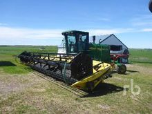 2005 JOHN DEERE 4895 30 Ft Swat