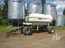BOURGAULT 3225 Tow-Behind Air T
