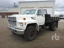 1990 FORD F600 S/A Flatbed Truc
